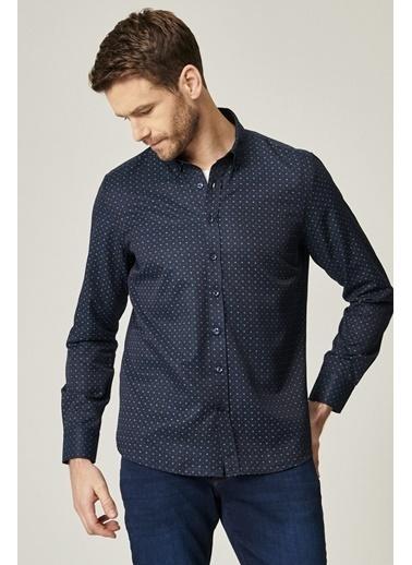 AC&Co / Altınyıldız Classics Tailored Slim Fit Dar Kesim Düğmeli Yaka Baskılı Gömlek 4A2021100162 Lacivert